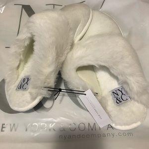 Faux fur scuff slipper #winterwhite
